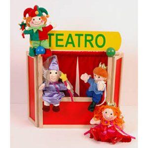 teatrino in legno da tavolo, con 4 burattini poggiati, un giullare, una fatina, un principe e una principessa